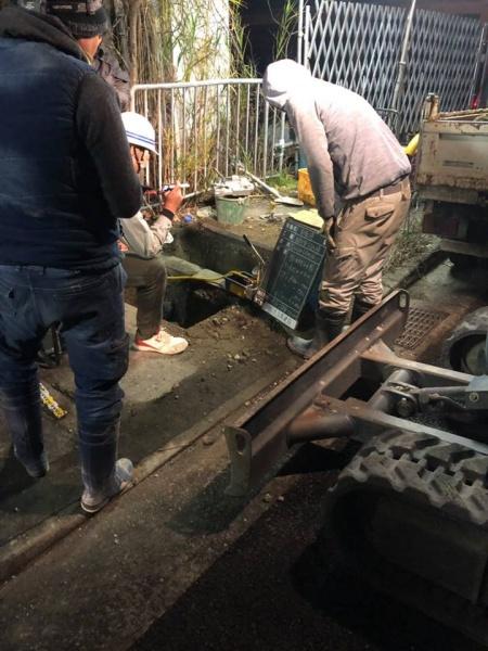 岸和田市K工場 給水管引込工事